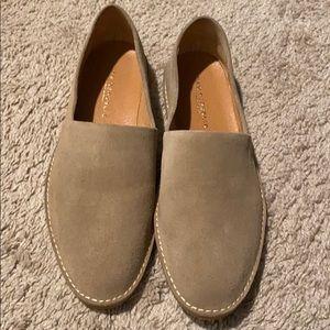 New republic shoes